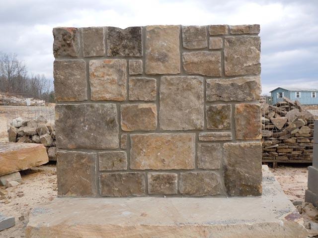 Stacked Tennessee Fieldstone : Fieldstone silvara stone